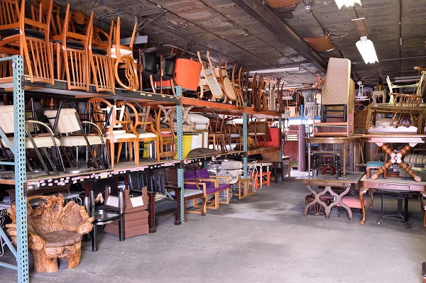 Z Brothers Furniture store